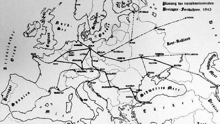 Gigantiški-Hitlerio-traukiniai-2.jpg